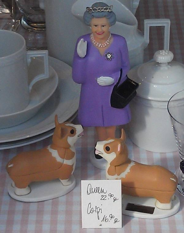 Model of the Queen with two Corgis